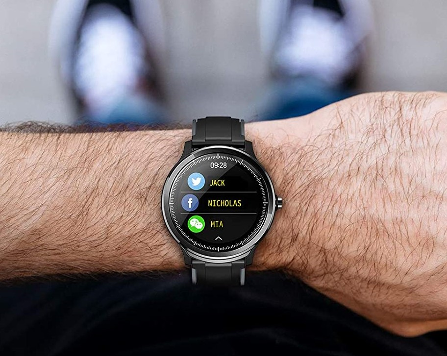 hoteon watches on the hand